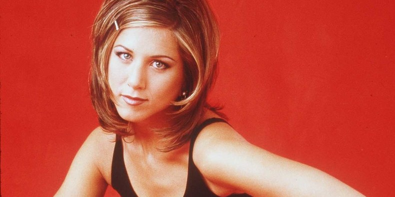 Jennifer Aniston's Best Beauty Looks from Friends Photos
